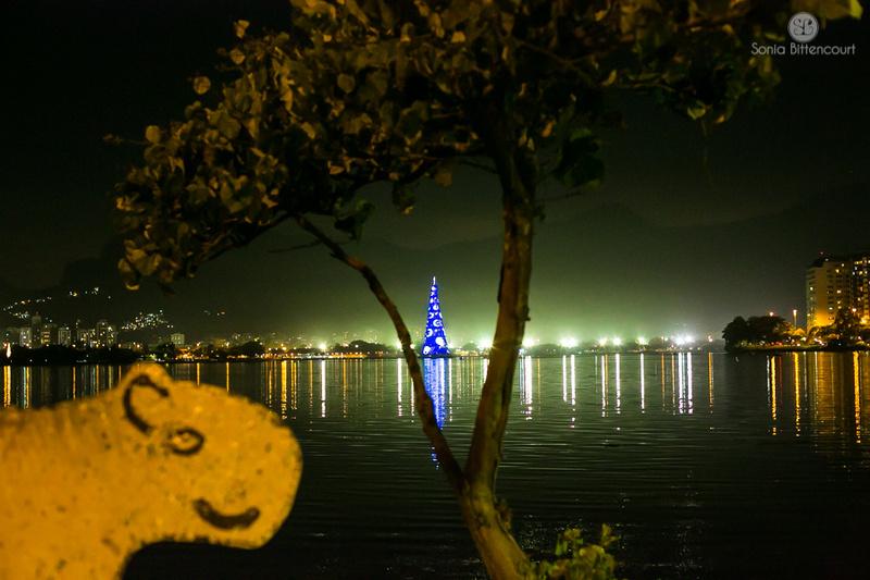 Árvore de natal bradesco seguros da Lagoa rodrigo de freitas 2014